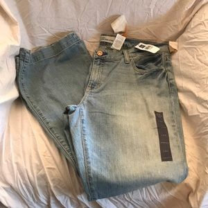 💛GAP Long & Lean Jeans. Light wash New with tags